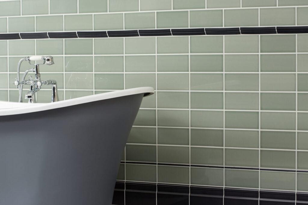 Savoy_SAV09A-Sage_Gloss_200x100_SAV08A-Noir_Gloss_200x150-Atlas-Skirting_SAV08A-Noir_Gloss_200x35-Chair-Rail-C_SAV08A-Noir_Gloss_200x12mm-Finishing-Strip_Bathroom-1-e15669907653911-1024x683